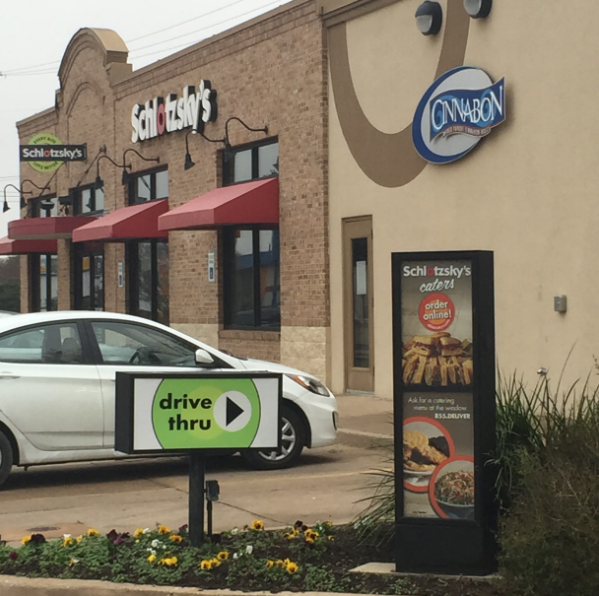 Grand Prairie Police Investigating Armed Robbery of Schlotzsky's Deli on I20