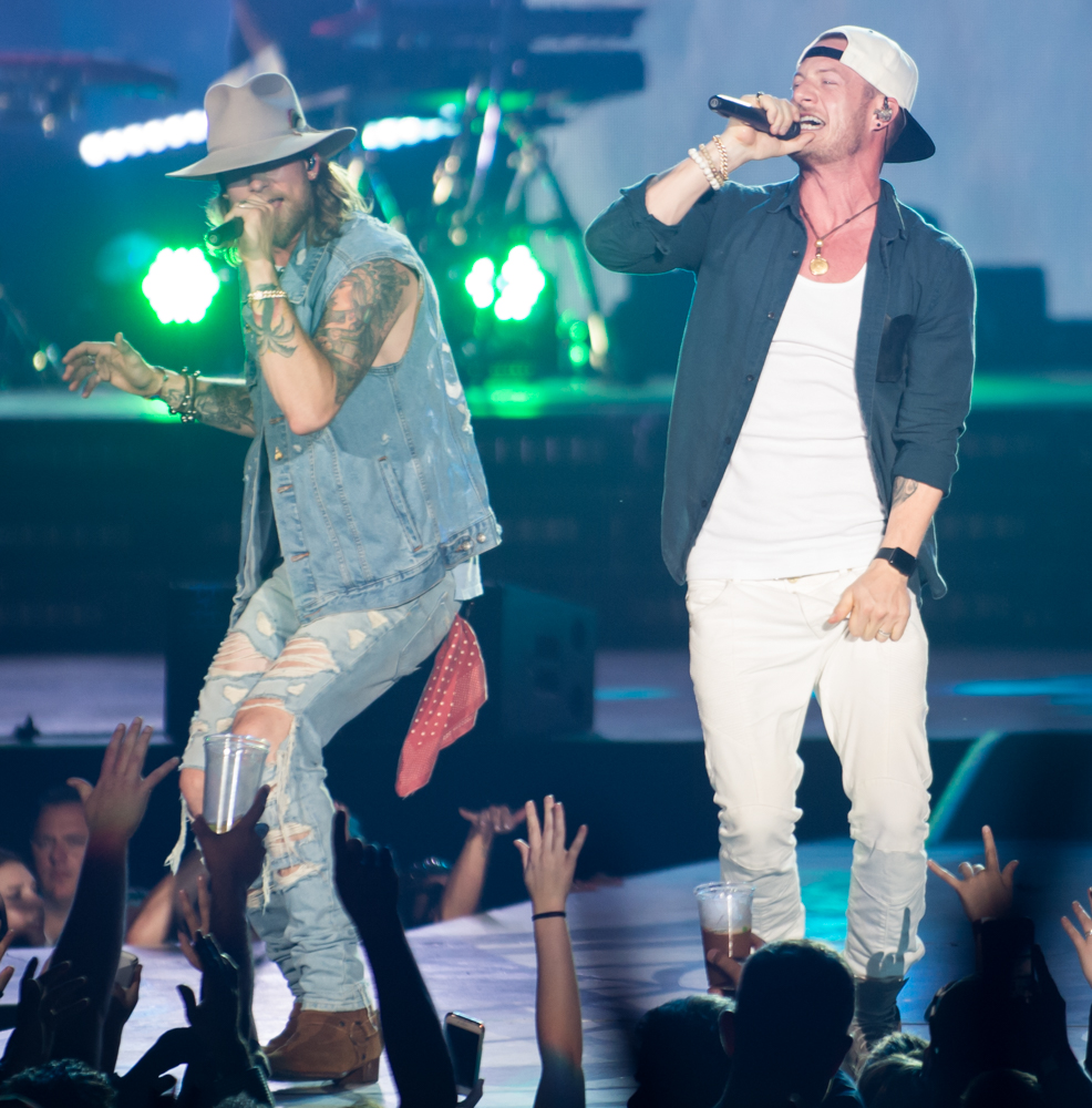 florida-georgia-line-starplex-fgl-smooth-tour-2017-11